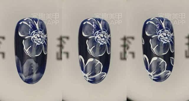 【窝趣美甲视频教程】蓝色优雅简单手绘花