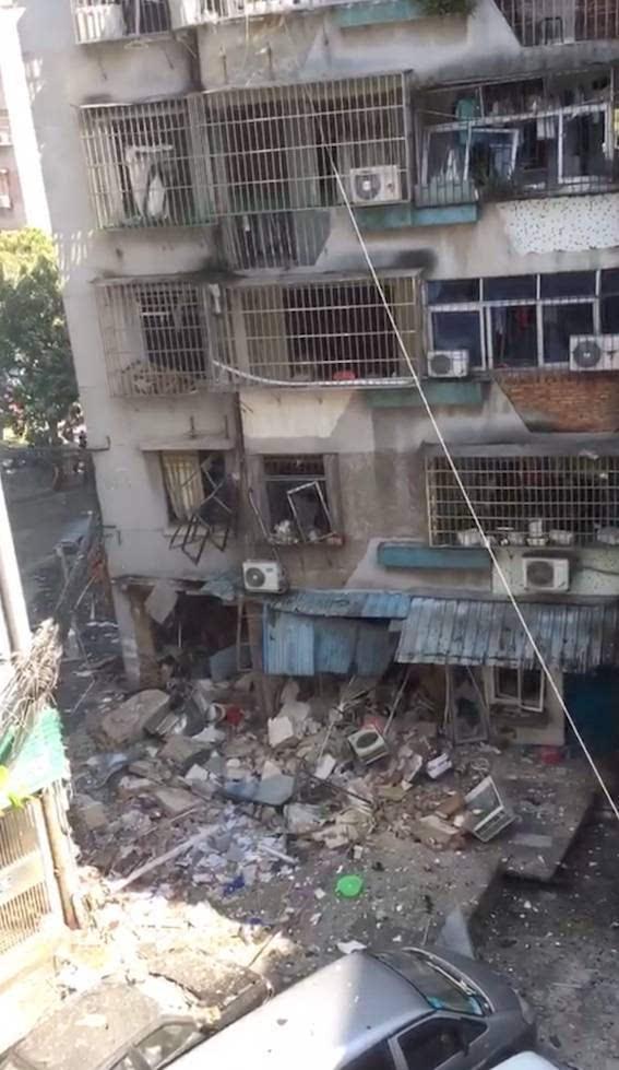 据悉,爆炸所在建筑为7层住宅楼,砖混结构,事发位置在1楼商铺,面积约20