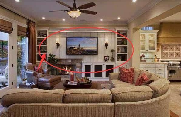 所以电视背景墙要是做满柜子就很鸡肋了.