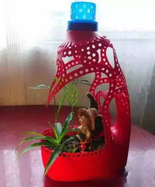 洗衣液瓶变花盆图片