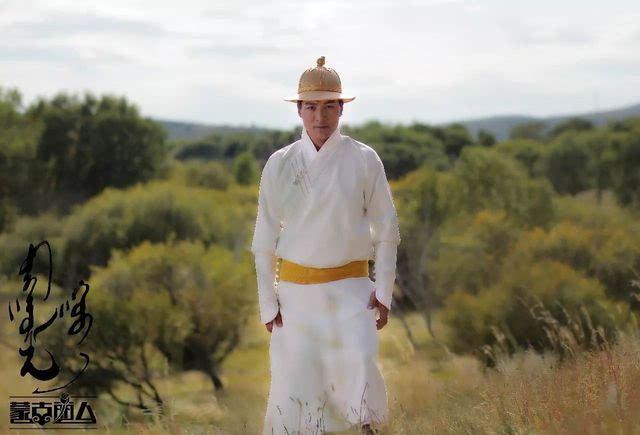 【今日头条】今日 蒙古公主哈琳与黑骏马组合宝乐尔大