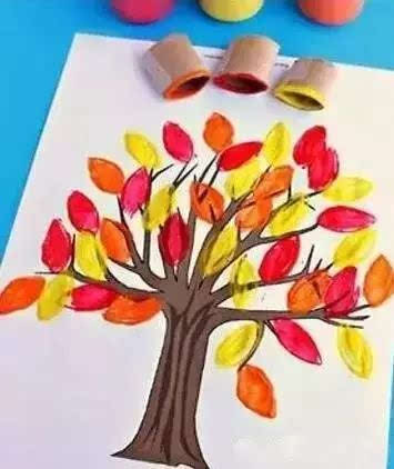 幼儿园秋季环创手工,秋日的大树图片
