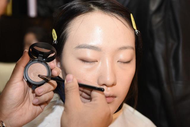 东田时尚助力2017龙腾精英影视广告模特大赛及超级模特大赛全国总决赛