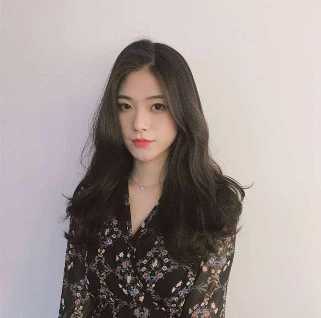 韩式流行烫发 长发短发都有 来源:脱壳发型(id: tuo-ke)