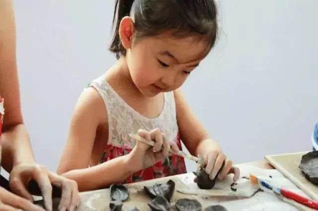 陶艺diy体验:陶艺免费体验课+陶艺制作+风干.