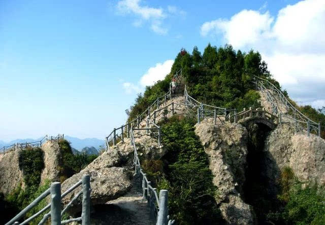 02 楠溪江 楠溪江——国家重点风景名胜区位于温州市永嘉县境内与北