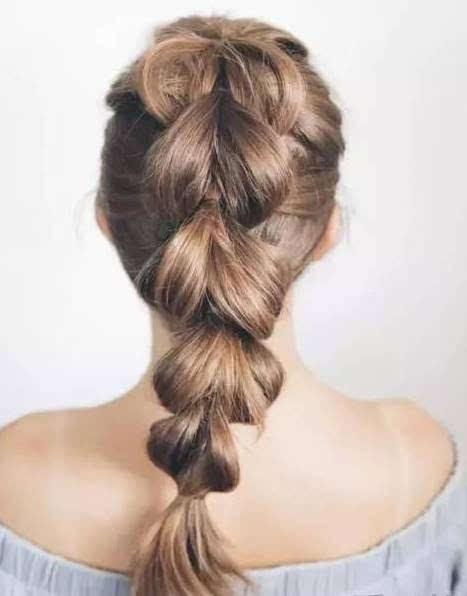 只有头发多的女生适合!超可爱的编发马尾发型图片