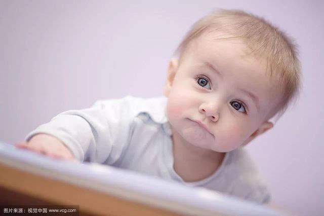 为什么刚出生的宝宝都这么丑?