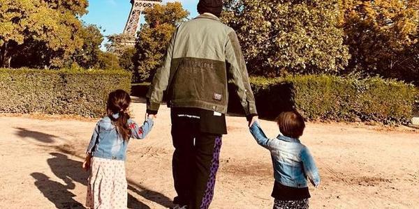 周杰伦晒一家人古巴度假,儿子可爱抢镜,昆凌和父亲同框画面温馨