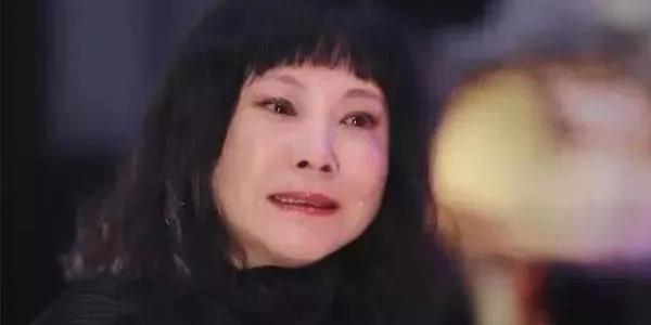 87版《红楼梦》演员重聚,各人遭遇不同:有人成女富豪,有人离世