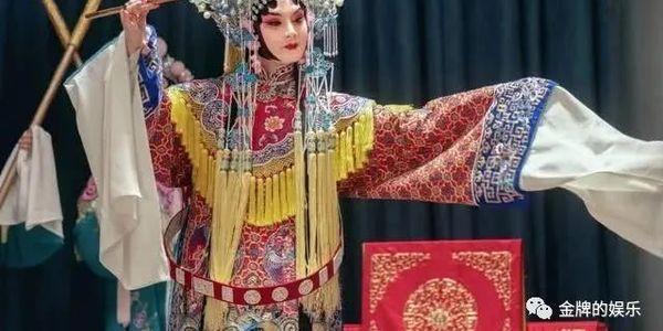《鬓边不是海棠红》是中年耽美兄弟情,还是剧版的霸王别姬