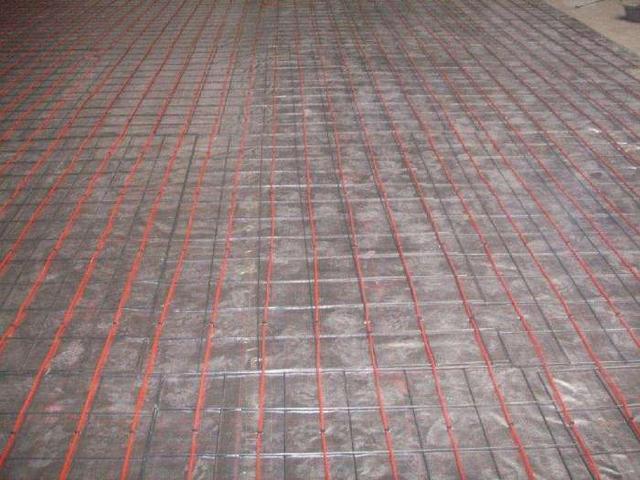 新房装修铺地暖可以取暖防潮