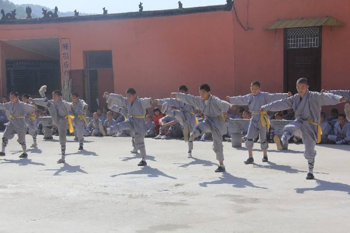嵩山少林寺武术学校有没有寒假武术班呢?