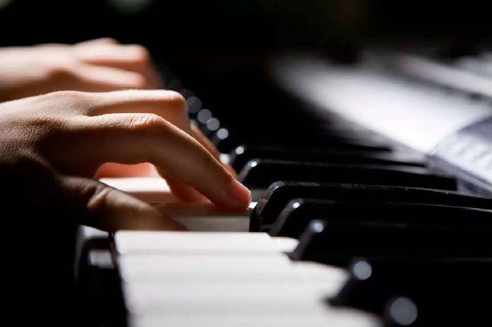 成都成人学钢琴