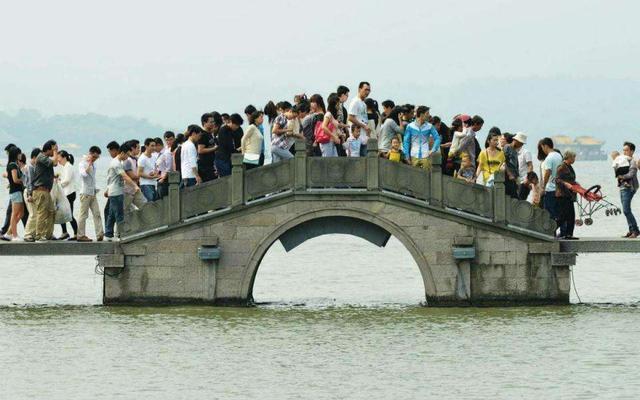 中国人口最多的省份2017_中国56个民族成分最齐全的省份,也是中国人口最多的省