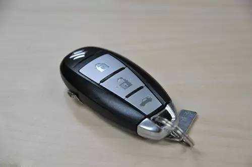 车钥匙也会没电,关于车钥匙的这些小知识你了解吗(图2)