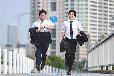职场潜规则电影_日本职场的这些潜规则 你被潜过几条?