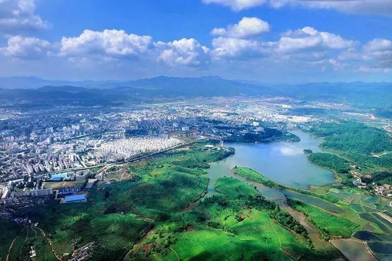 普洱市区人口_云南18个城市,美的各有千秋