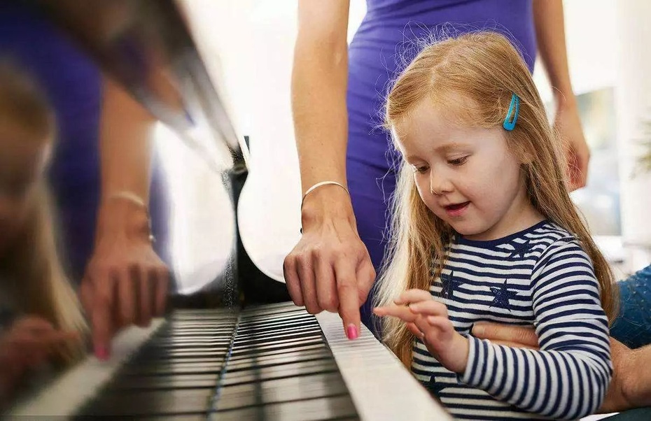 家长必看!孩子学钢琴的八大好处