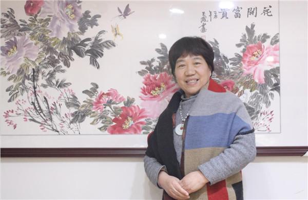 玉鳳展翅 墨舞中原——畫家崔玉鳳作品賞析