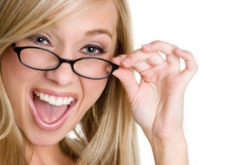武汉艾格眼科专家说,近视手术因人而异 选择有标准