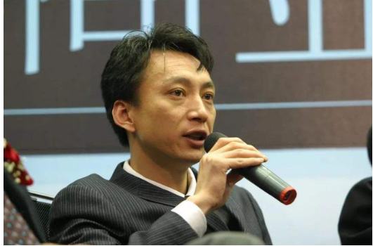 坤鹏论:腾讯和阿里打嘴仗 我们要从中学习如何成就吵架王-坤鹏论