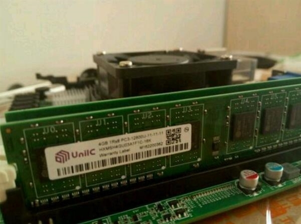 紫光回应:DDR4内存在研、计划明年推出的照片
