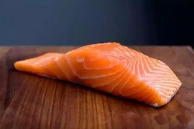 三文鱼应无罪但暂时不要生吃