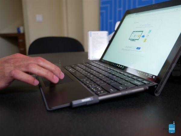骁龙835笔记本联想Miix 630上手:20小时续航给力的照片 - 5