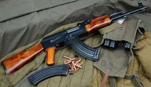 自动步枪排行_世界级名枪之自动步枪排行前十名