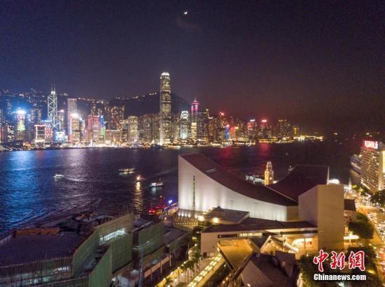 香港旅游业GDP_暴疫夹击连跌四季,香港次季GDP挫9%!