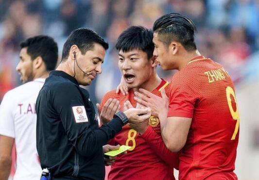 U23亚洲杯争议主裁执法世界杯 足协需谨慎引导球员