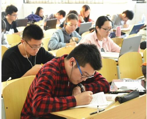潮州寄宿考研学校哪家学习氛围好?