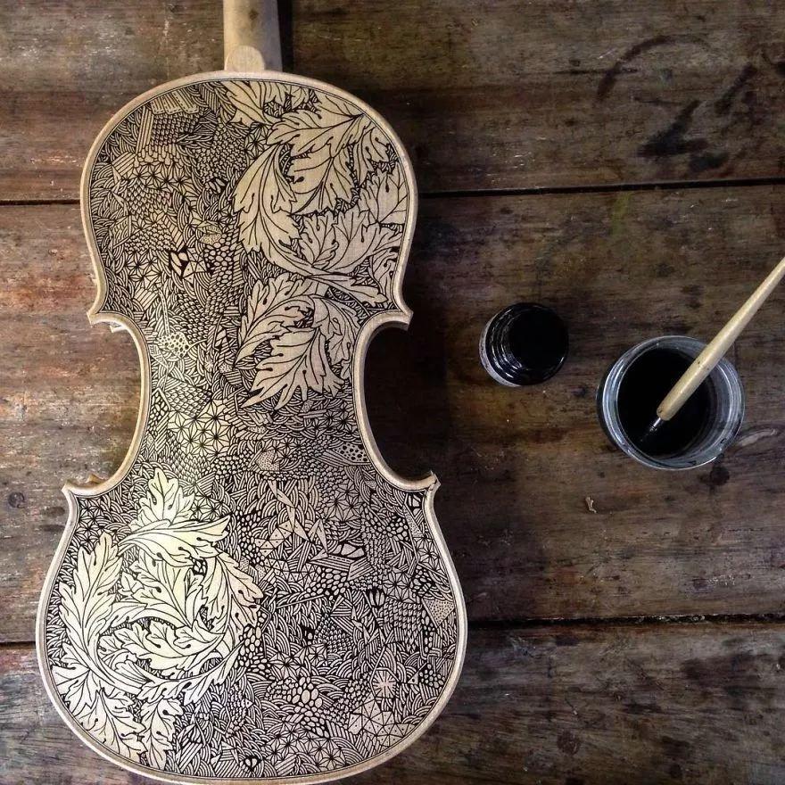 英国艺术家_Leonardo Frigo_画笔下的提琴插图(8)