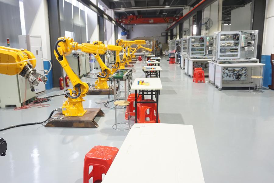 深度分析——工业机器人培训课程!
