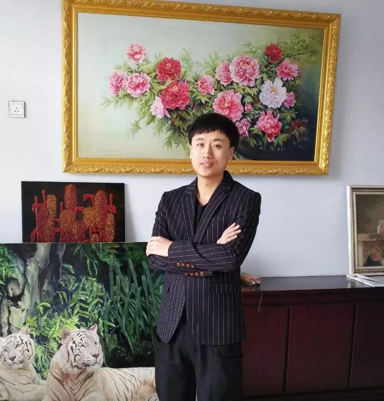墨宝收藏签约艺术家:中国书画院研修院会员薛爱斌