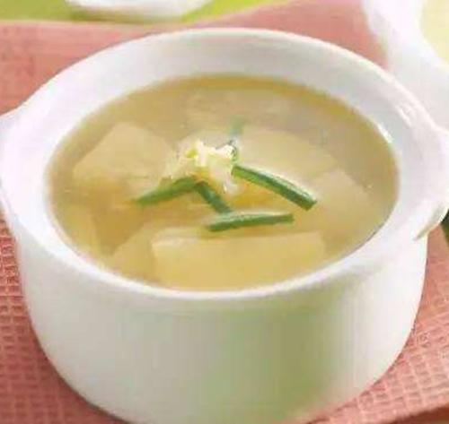 适合感冒咳嗽喝的汤_冬天感冒咳嗽怎么办,吃这几种菜,让你每天拥有好身体