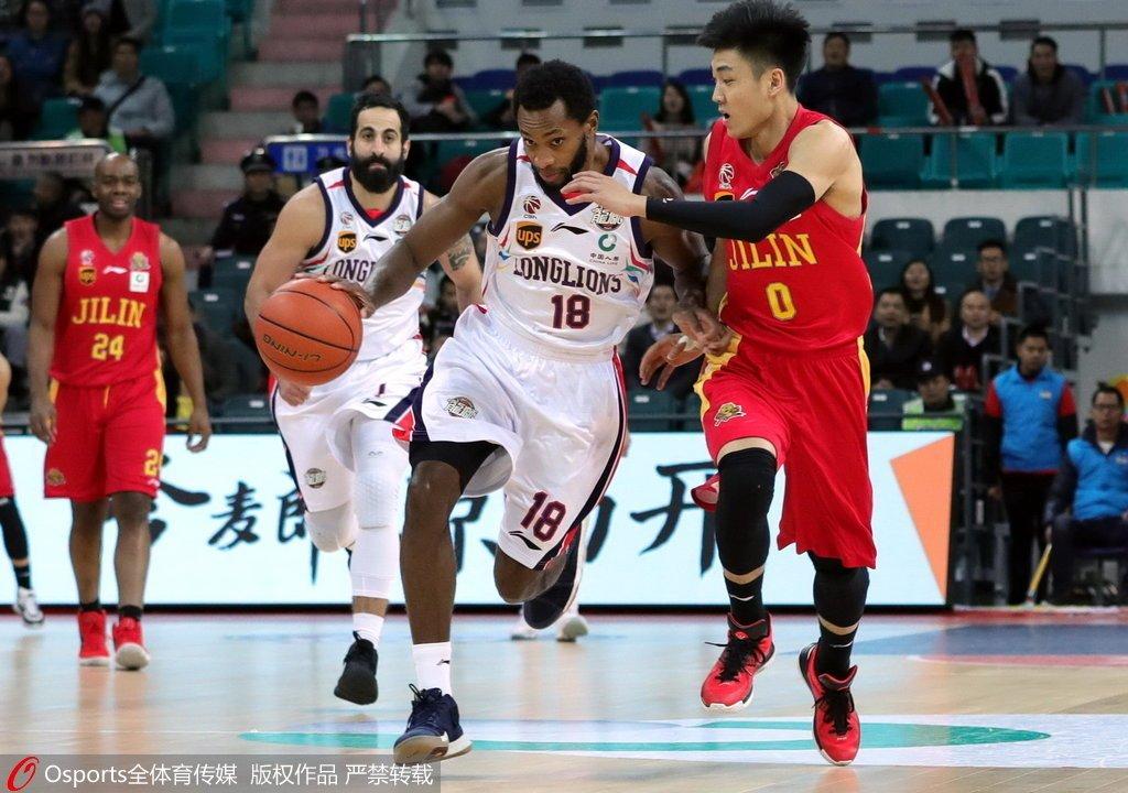 广州12人登场10人有得分 大胜吉林锁定季后赛