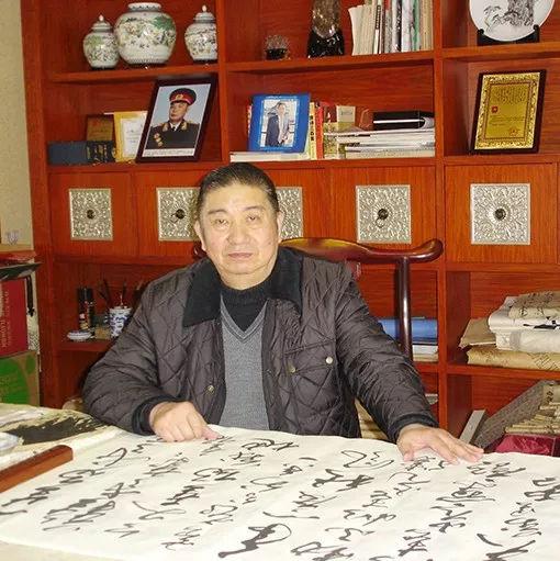 墨宝收藏签约艺术家:中国书法研究院会员 刘延超