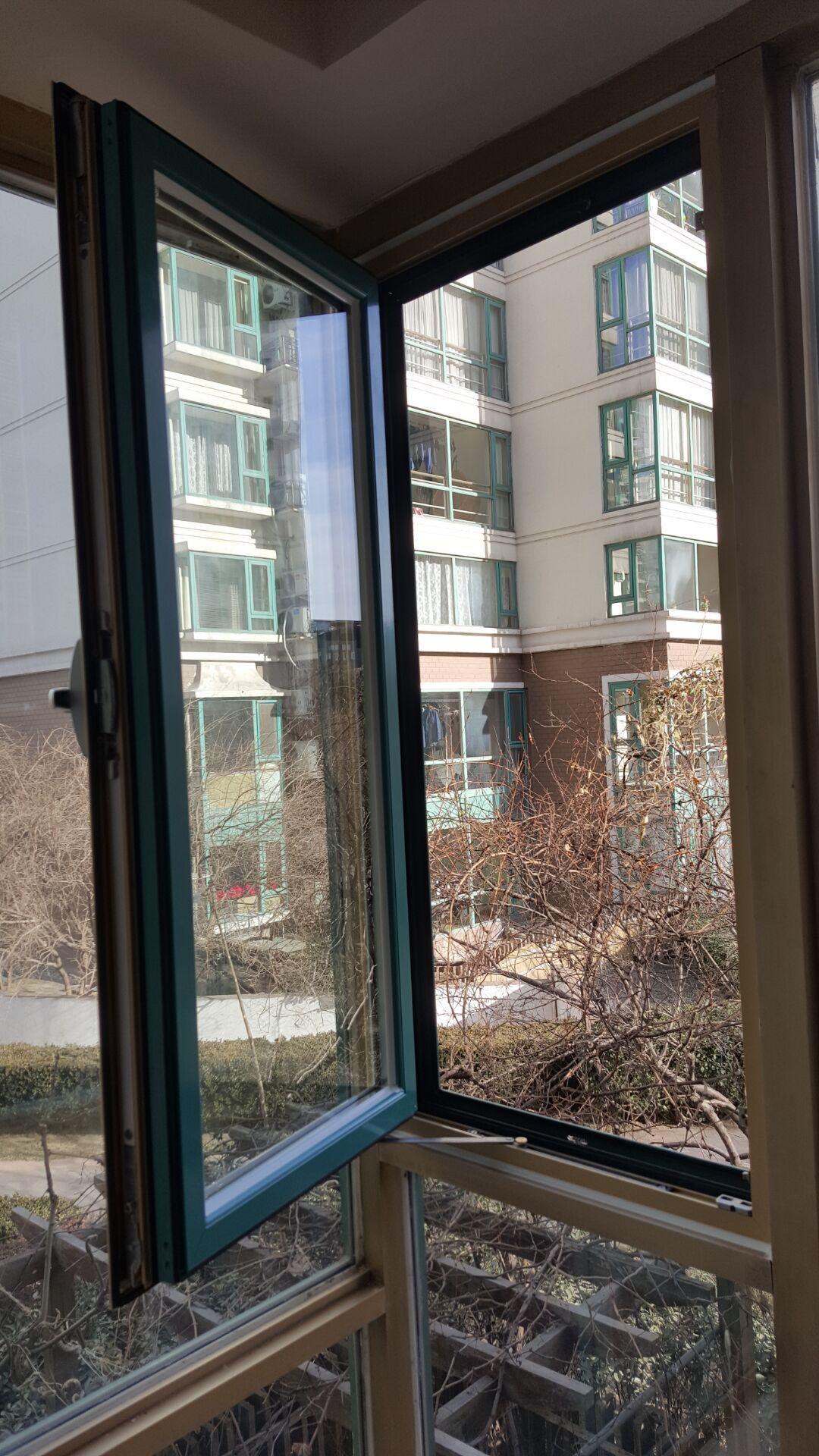 厦门节能断桥平开窗_西晒门窗温度高,隔热换金刚纱窗怎么做?