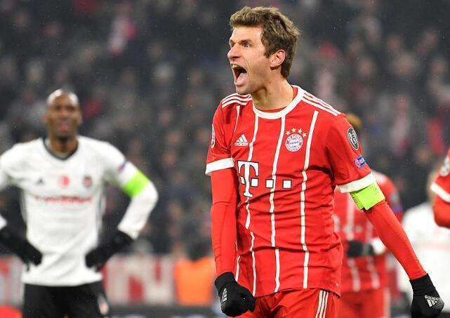欧冠-莱万穆勒均2射1传科曼破门 拜仁5-0获大胜