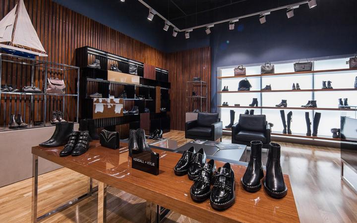 合肥鞋店店面装修一般多少钱一平方?