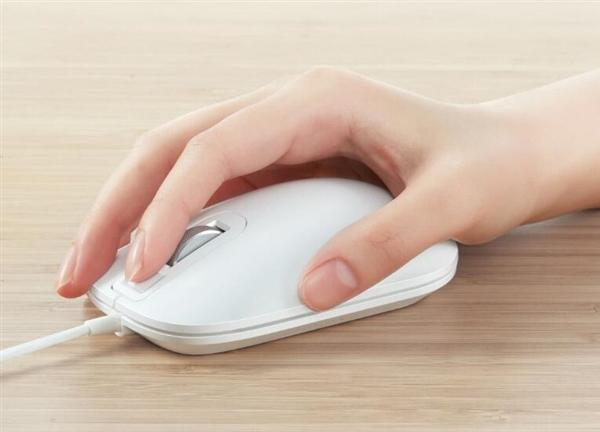 小米众筹智能指纹鼠标发布:一触登录100家账号的照片 - 3