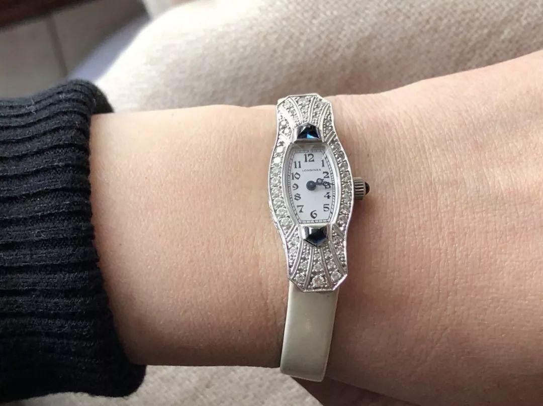 女人戴什么手表好看?钟表教母用10款私人收藏告诉你 常州高价回收手表
