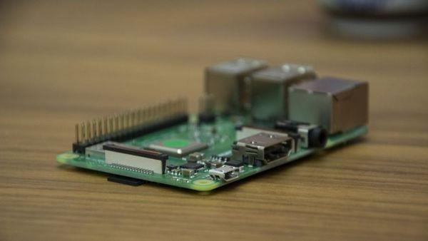 新款树莓派发布:支持5GHz Wi-Fi和蓝牙4.2的照片 - 3
