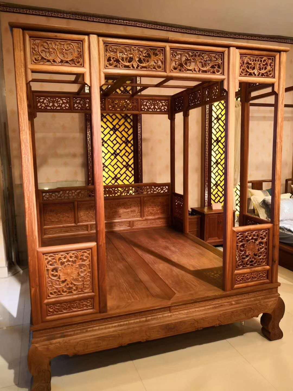 朋友给他父母买了张缅甸花梨架子床,大家看看是不是手工打磨的?_搜狐