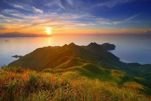 俯瞰另一个香港:麦理浩径Ⅱ段徒步·登顶蚺蛇尖