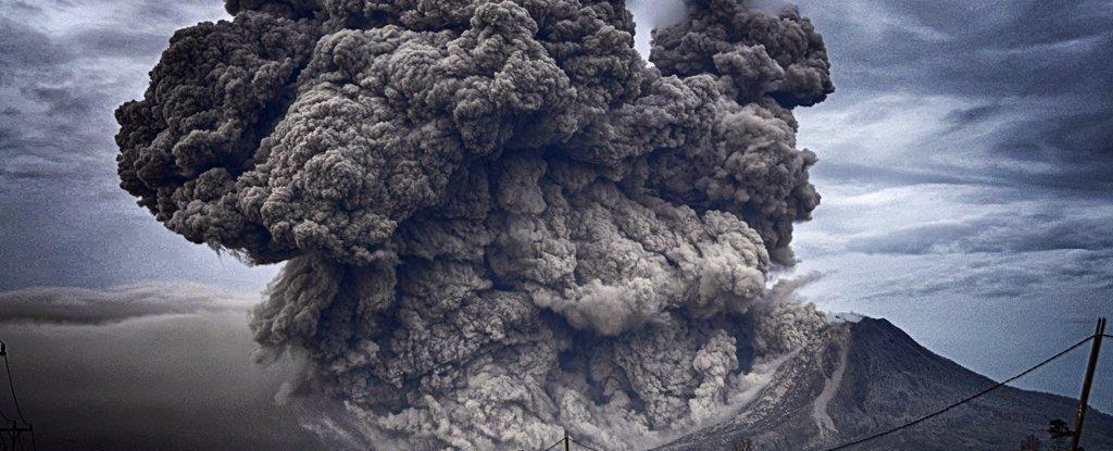 雷 火山 【大自然威力】日本鹿兒島櫻島火山爆發 網民拍得月夜下火山雷噴發一刻