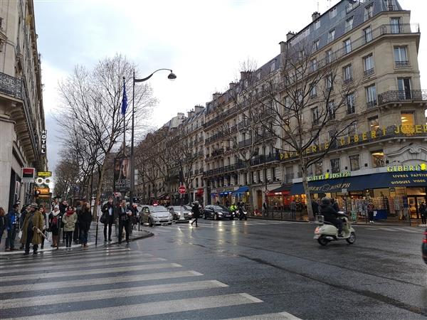 华为三摄P20 Pro巴黎街拍:夜景无敌 谁敢比?的照片 - 2