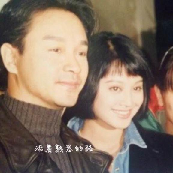 张国荣生前把她当妹妹,极力捧她,如今她把哥哥忘了?